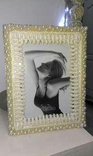 Frame putih mutiara
