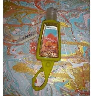 Bath & Body Works anti-bacterial hand gel / sanitizer