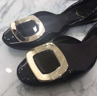Roger Vivier Chips Flats size 36.5 (with dust bag)
