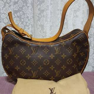 Authentic LV monogram shoulderbag