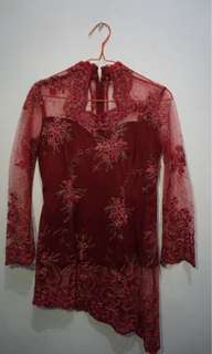 Kebaya set maroon
