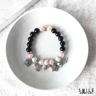 Customisable bracelets