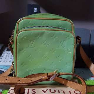 Authentic LV Vernis amazon bag