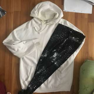 SET large oversized off white hoodie and galaxy tights