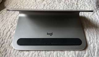 Logitech Logi Base iPad 充電座架