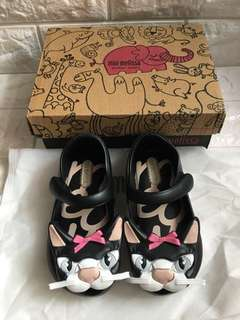 Authentic and Brandnew Mini Melissa