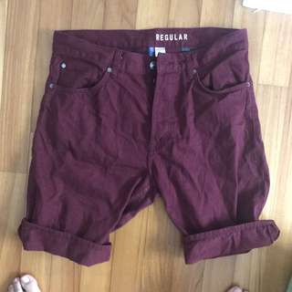 H&M denim maroon red Bermudas berms