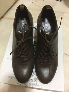 Authentic Max & Co Leather Shoes