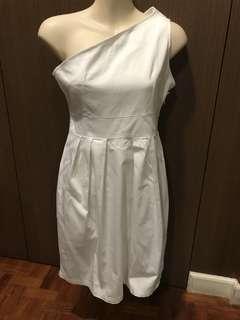 Una Rosa One Shoulder Dress