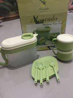 Medium Tea Set Tulipware