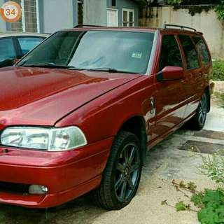 Volvo V70 type R T5