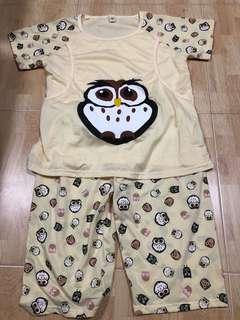 Nursing shirt and pants set