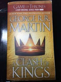"""A Clash of Kings - George R. R. Martin (A Song of Ice & Fire - Game of Thrones - HBO)"