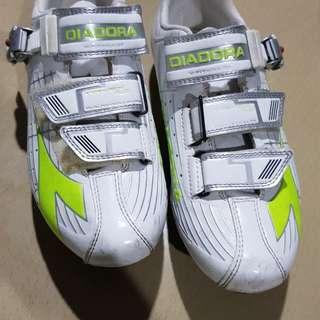 Womens Cycling Shoes DIADORA