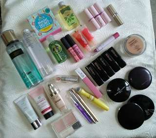 ❤Re-priced Low! Beauty Bundle - 33 items. ⭐