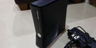 Xbox 360 Slim with Kinetics and 2 controllers