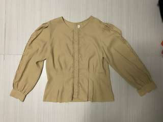 Vintage nude floral blouse