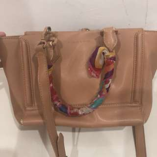 100% AUTHENTIC CHARLES AND KEITH BAG