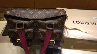 Louis Vuitton bag 購自瑞士 有單有盒 full set 100% 正品 M43482