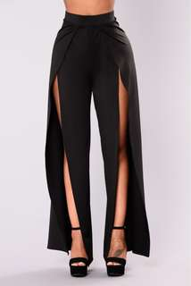 ~ Sexy front slit pants ~