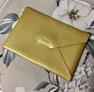 BN Vintage DKNY Women's Leather Envelope Clutch Bag Yellow Gold