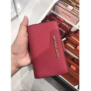 Michael kors jet set travel bifold wallet