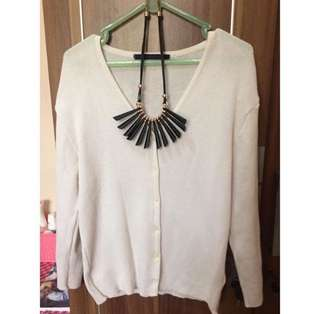 Cardigan broken white