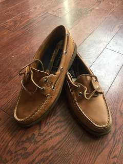 Light brown Sperrys *BRAND NEW**