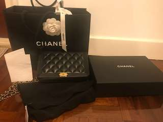 Chanel boy woc lamb skin (有袋有盒有單)