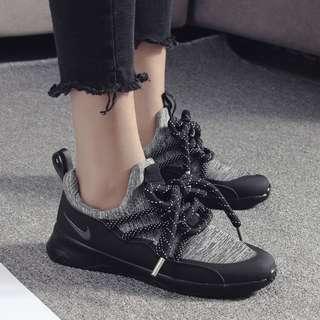 PO Unisex / Couple Black Sports Shoes