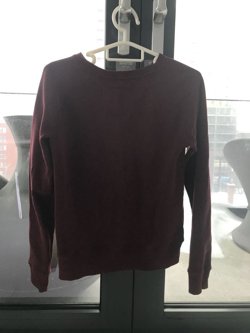 Abercrombie & Fitch crew neck sweater