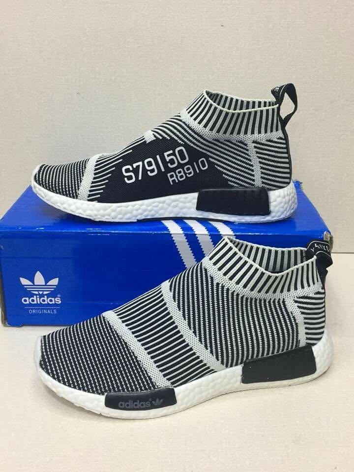 watch 40b68 f78f4 Adidas rubber shoes on Carousell