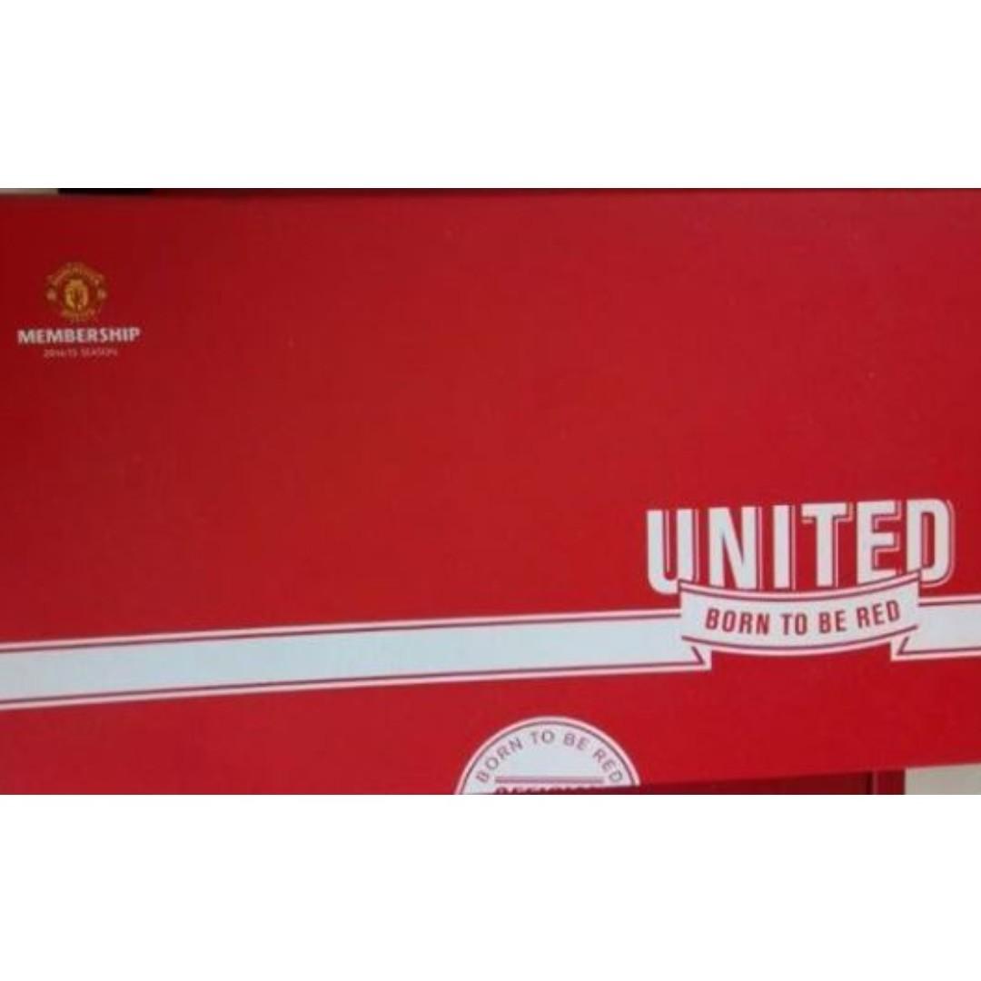 b8a609998d6 Manchester United Merchandise Pack