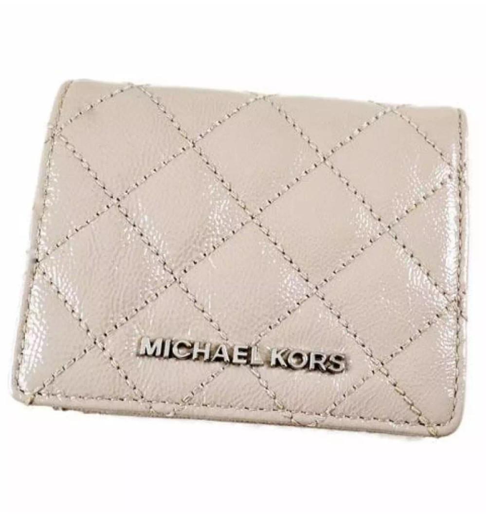 9d8b95d9d9a1 Michael Kors MK Jet set flip Quilted leather card holder wallet ...