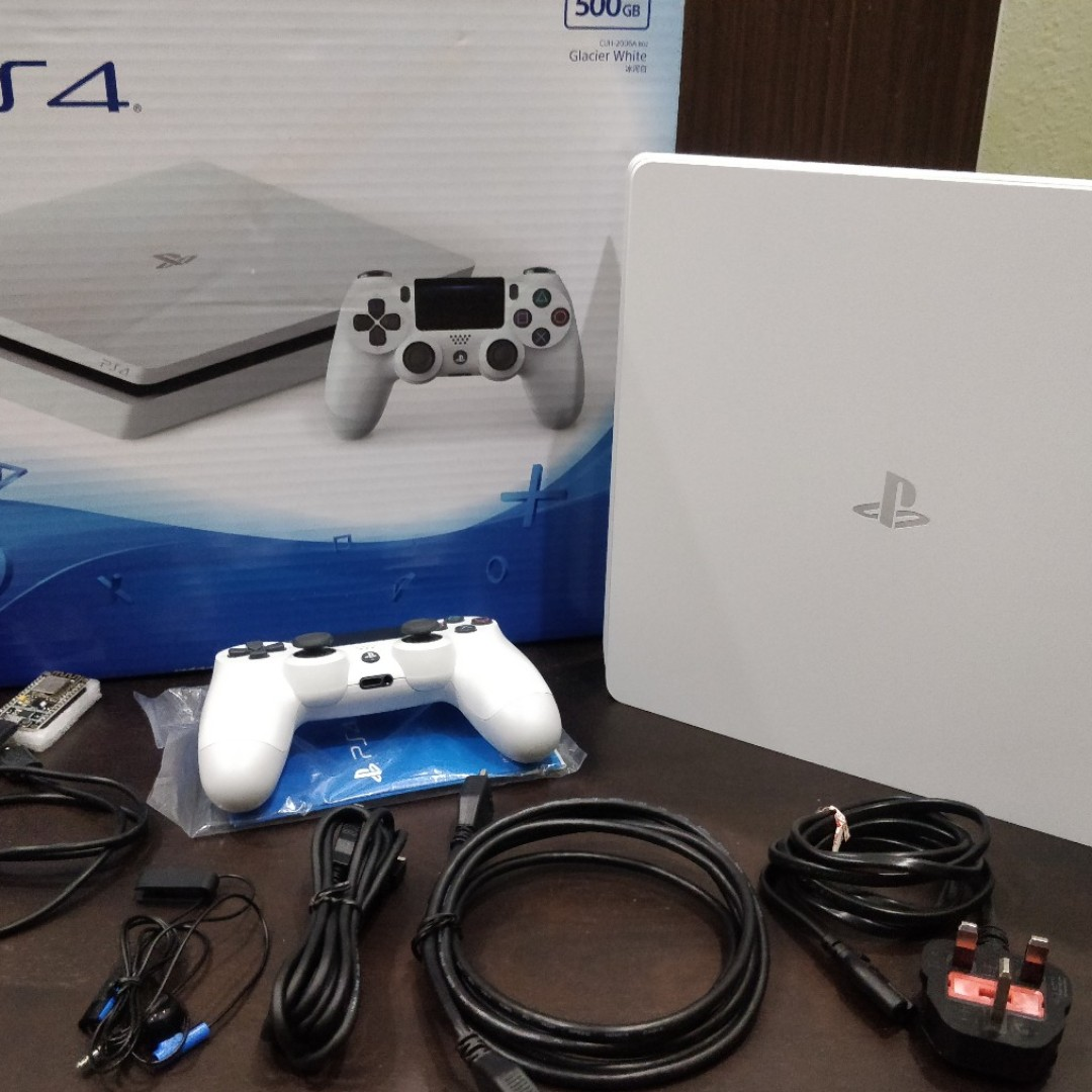 PS4 Slim 500GB - Jailbreak 5 05 with ESP8266 included