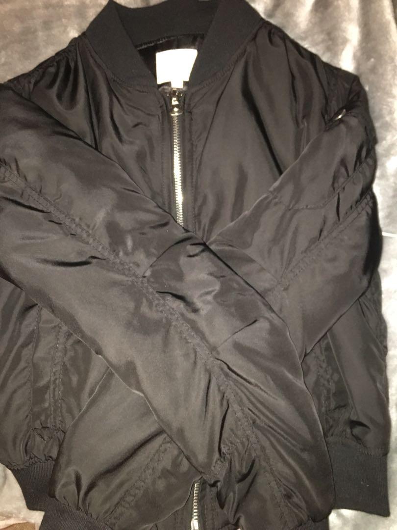 Slightly padded bomber jacket