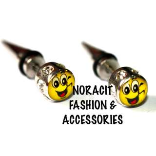 Fake Ear Expandable 316l Surgical *CHEEKY SMILEY FACE* Earring - FE104