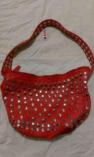 意大利名牌橙紅色鍋釘羊皮可上膞和尚袋