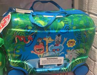 SMIGGLE: Ride-On Suitcase & Trolley Bag