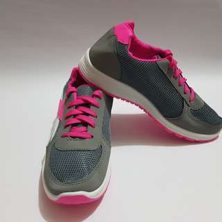 [Brand New] Ladies/Women Sneakers