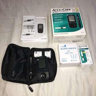 Complete Set Blood Sugar Tests Accu-Chek Active Blood Glucose Meter w/Pen