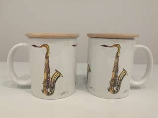 Brand new Tenor Saxophone cup with Wooden lid