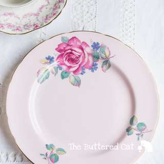 Collectible vintage pink plate, luncheon plate, salad plate, rose plate, Paragon bone china