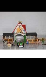 Playmobil animal farm and tractor