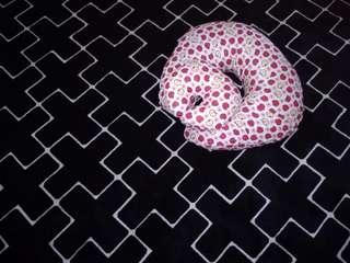 Nursing pillow FREE NECK /bantal menyusu