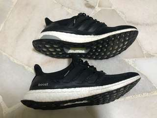 Ultra boost core black 1.0