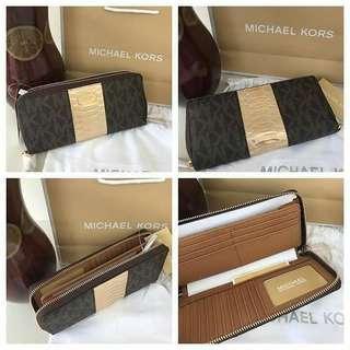 Original Michael kors long wallet