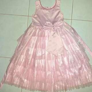 Gaun mewah Anak