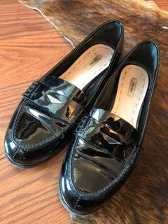 Miu Miu Black patent loafers Size 36