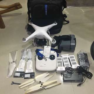 DJI PHANTOM 2 WITH BAG AND ACCESSORIES